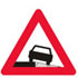 Færdseltavle advarer farlig rabat